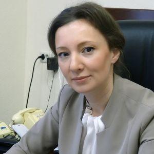 Venäjän lapsiasiavaltuutettu Anna Kuznetsova.