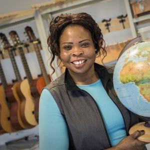 Sudanilainen Zebeida Laun tuli perheensä kanssa Kokkolaan vuonna 2001.