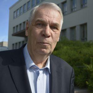 kaupunginhallituksen puheenjohtaja Aimo Ryynänen (kok)