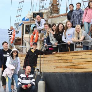 Artic Summer Schoolin osallistujia Katariina-laivalla.