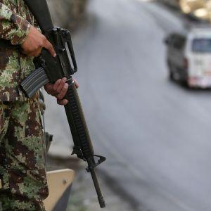 Afganistanin armeijan sotilas Kabulissa elokuussa 2014.