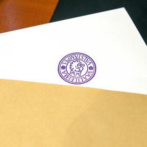 Äänestyslippu kuoressa