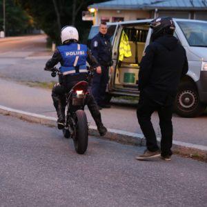 Poliisi valvoi liikennettä tehostetusti kahtena lauantaina.