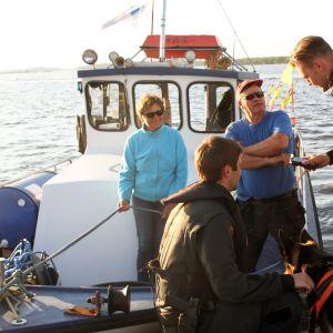 Merivartiosto puhalluttaa Bränuddin pariskunnan merellä