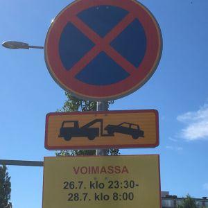 Pysähtyminen kielletty