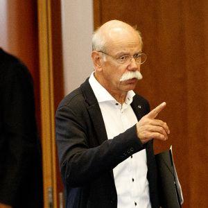 Daimlerin hallituksen puheenjohtaja  Dieter Zetsche