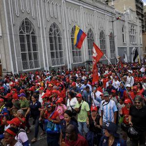Venezuelan hallitusta puoltavat mielenosoittajat kokoontuivat Caracasin keskustassa osoittamaan tukeaan perustuslakimuutokselle.