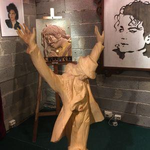 Michael Jacksonin muotokuvia galleria Puun Sielussa.