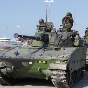 Ruotsin armeijan sotaharjoitukset Gotlannilla.