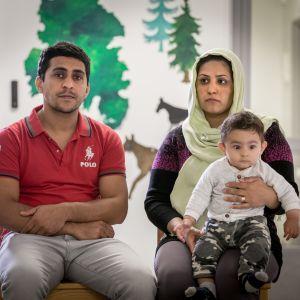 Zaker, Sabrina ja Taha Bayat odottivat pakkopalautusta Lappeenrannan Konnunsuon säilöönottoyksikössä 6.9.2017.