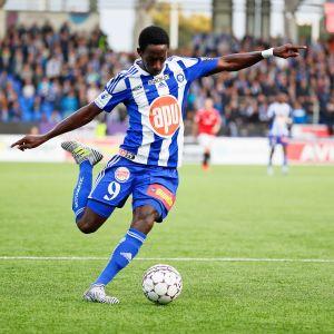HJK:n Demba Savage.