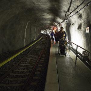 metro onnettomuusharjoitus Tapiolan metroasemalla