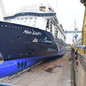 Mein Schiff 1 telakka-altaassa