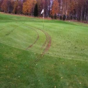 Golfkenttää tuhottu Torniossa.