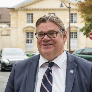 Timo Soini Pariisissa.