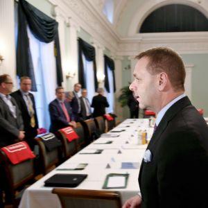 Helsingin pormestari Jan Vapaavuori tapasi Suomen 21 suurimman kaupungin johtoa suurten kaupunkien tapaamisessa Helsingin kaupungintalolla torstaina 5. lokakuuta.