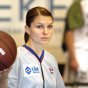 Karolina Andersson SM-koriksen ottelussa vuonna 2003