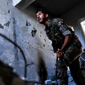 SDF-joukkojen taistelijoita Raqqassa 1. lokakuuta.