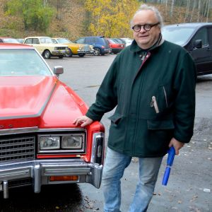 Timo Jakola ja punainen Cadillac
