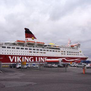 Viking Amorella Turun satamassa.