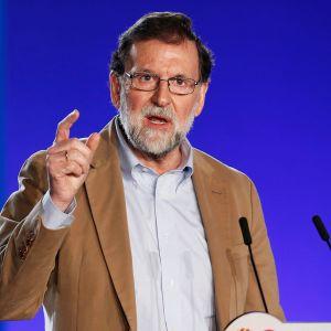 Espanjan pääministeri Mariano Rajoy Barcelonassa 12. marraskuuta.