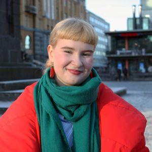 Emma Uusi-Kokko, 18, Vaasan torilla.