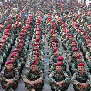 Irakin armeijan sotilaita ohjeistettiin Habaniyan tukikohdassa anbarin provinssissa, Irakissa 25. lokakuuta.