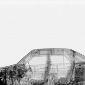 Juustot näkyvät auton läpivalaisussa