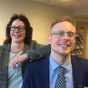 Kristiina ja Juho Järvenpää ovat ensimmäiset äiti ja poika kunnanjohtajana samanaikaisesti.