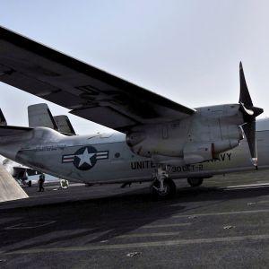 Yhdysvaltojen laivaston C-2 Greyhound -kuljetuskone on syöksynyt mereen Japanin edustalla. Kuvassa on C-2 Greyhound kuvattuna Persianlahdella vuonna 2008.