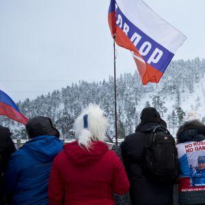No Russia, no games -liivejä kuvassa