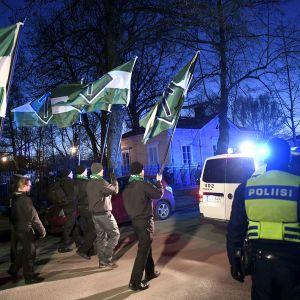 Pohjoismaisen vastarintaliikkeen mielenosoitus Helsingissä 6 joulukuuta.