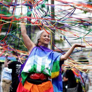 Wienissä marssittiin kesäkuussa vähemmistöjärjestöjen ja tasa-arvoisuuden puoelsta.