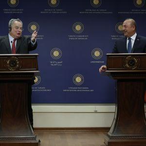 Kreikan ja Turkin ulkoministerit Ankarassa lokakuussa
