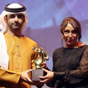 arabisheikki ja nainen ja palkinto