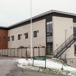 Toholammin kunta myy Attendolle muun muassa Männistön keskuskeittiön.