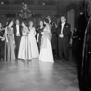 Fest på presidentens mottagning i slottet 1950.