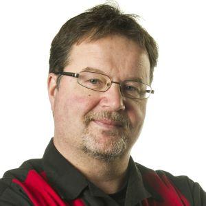 Peter Fahllund är redaktör och arbetar för Svenska Yle