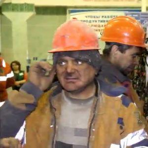 Räddningsarbetare vid gruvan i Komi.