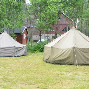 Tält på scoutläger