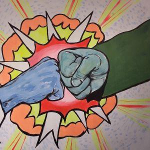 En tavla av två knytnävar som krockar mot varandra.