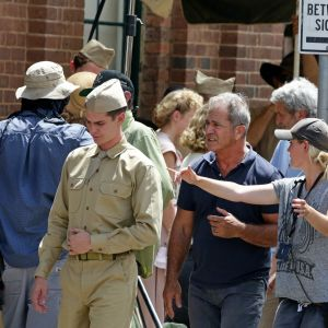 Mel Gibson under inspelningen av Hacksaw Ridge
