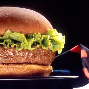 En traditionell hamburgare