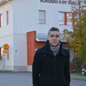 Christoffer Törnqvist är civiltjänstgörare på Korsnäs skola.