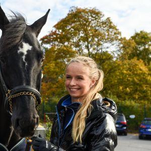 Anna-Julia Kontio med hästen Pacific des Essarts, 2015.