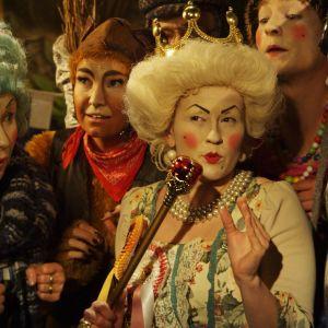 karaktärerna i årets julkalenderdrama det jättestora juleljuset: susie, hamstern, farfar rost, gurli, trinity, surpuppan och lillspiken