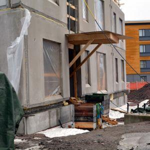 Bostadsaktiebolaget Tryffeli byggs på Västra Åstranden i Borgå