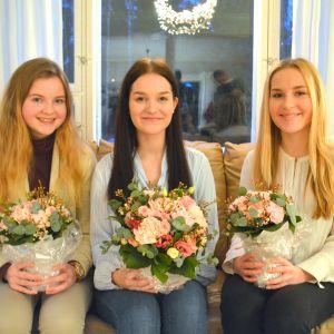Östnylands luciatrio 2016: Julia Halttunen, Nea Nordström och Maria Strandvik.