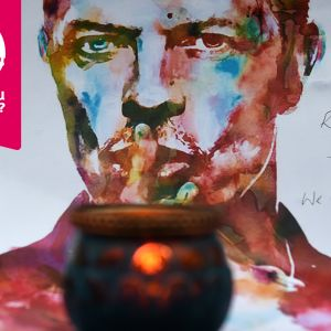 Målning av David Bowie med ett tänt ljus framför.