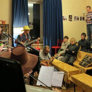 En hemma-hos-konsert i S:t Petersbrug